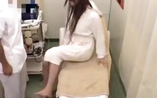 Tgirl japan gets massage 037-5
