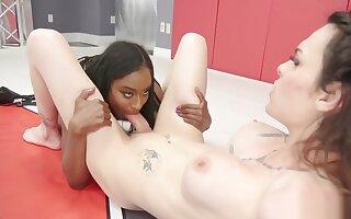 Ebony and alt shemale wrestling