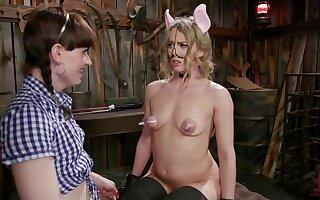 Natalie Mars & Riley Reyes: Hog Wild